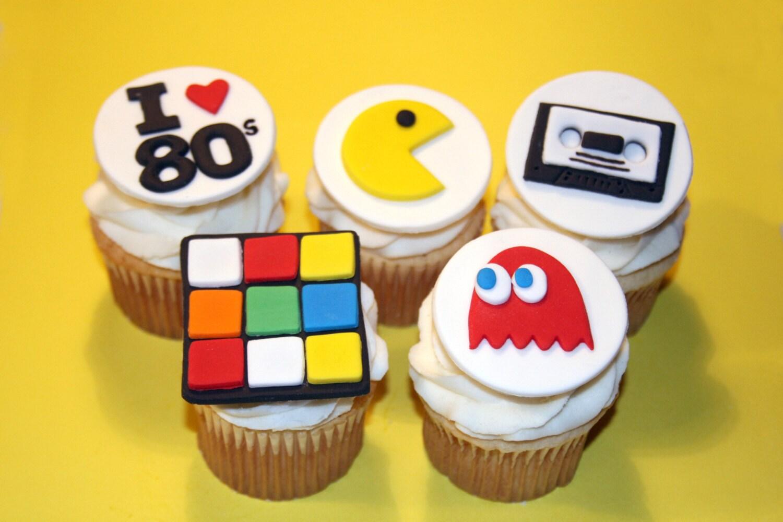 Pacman Cupcakes Cake