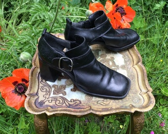 90s Black Leather Shoes - Made in Brazil