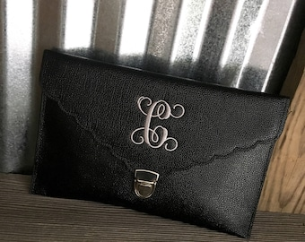 CLUTCH/Black Scallop Envelope Clutch Purse with Three Initial Monogram/Bridesmaid's Gifts/Graduation Gift