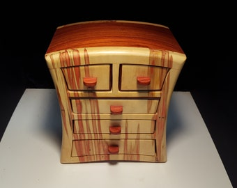 Bandsaw box made from red flame box elder and padauk. gifts for mom.gifts for dad.great gifts