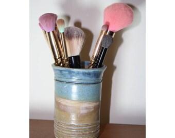 Makeup Brush Holder, Handmade Brush Holder, Ceramic Brush Holder, Makeup Organizer, Desk Organizer, Handmade Ceramic, Handmade Pottery