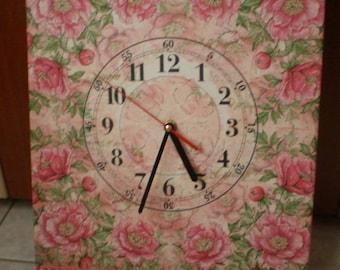 Decoupage Canvas clock