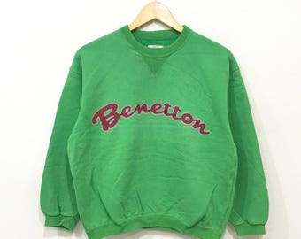Rare!! Vintage BENETTON Spellout Biglogo F-1 Racing Rugby men Clothing Sweatshirt Pullover Jumper Green Colour Small Size