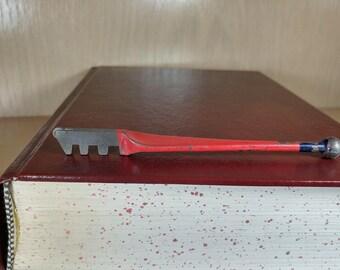 Vintage Red Devil Glass Cutter-No. 1023