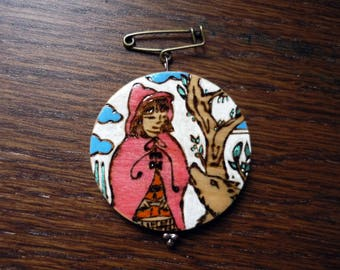 Riding Hood and Wolf brooch