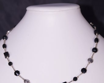 Beautiful necklace, short, glass beads different shapes, individual production
