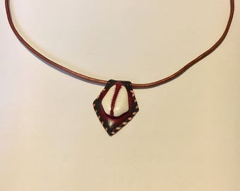 Red Leather Point Cowrie Shell Pendant Necklace
