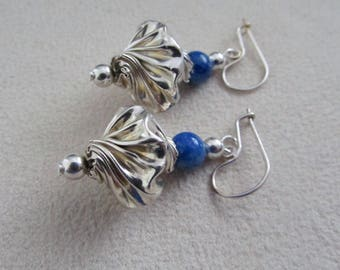 Silver sterling and lapis lazuli drop earrings