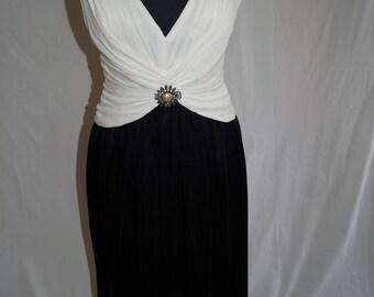 A Beautifuly Elegant Vintage Evening Dress from Frank Usher