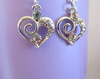 Beautiful heart with crystal and rhinetones earrings