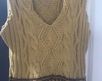Intarsia sweater vest size Medium/Large