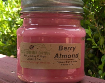 BERRY ALMOND SOY Candle - Fruit Vanilla Candle