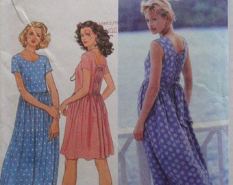 Simplicity 9633 Sewing Pattern - Pullover Dress With Elasticized Back Inset - Sizes 6-8-10, Bust 30 1/2 - 32 1/2 - Uncut