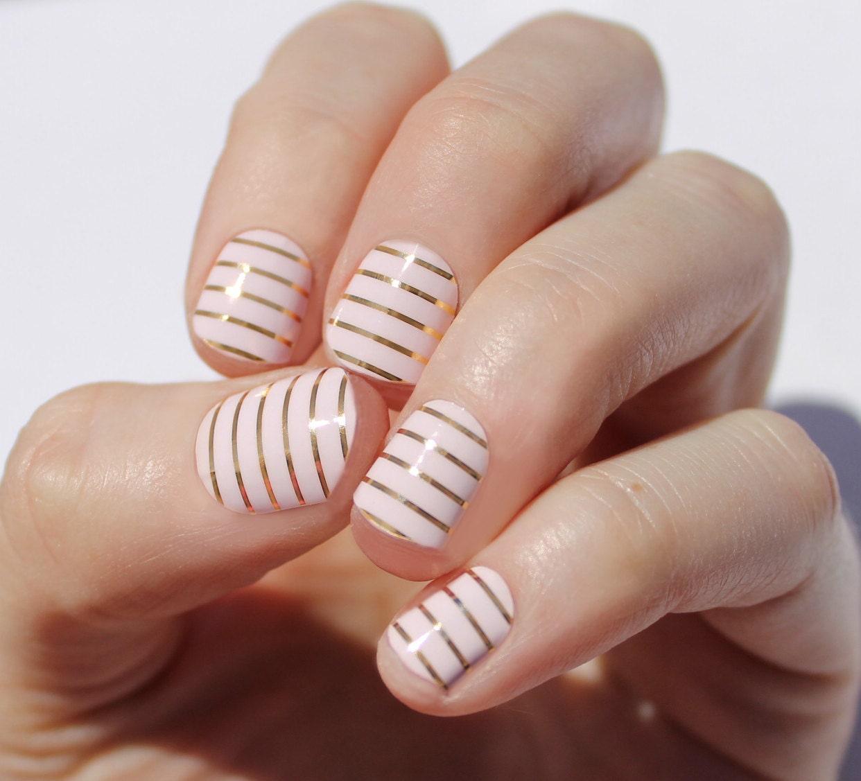 Whisper Pink & Gold Stripe Nail Wraps