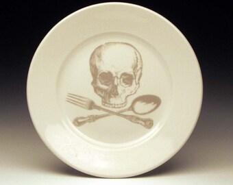 skull and cross-utensils dessert plate in GHOSTIE GREY