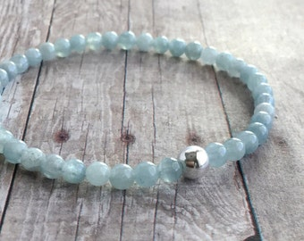 Aquamarine Bead Bracelet / March Birthstone Jewelry / Sterling Silver Stretch Bracelet / Blue Gemstone Bracelet