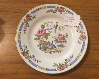 Vintage nelsonware plate very pretty collectable