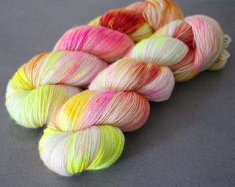 "Magpie - ""Pink Lemonade"" - Gold Stellina Sock Yarn"