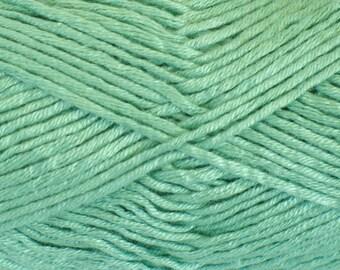 Bamboo yarn, cotton yarn, vegan, green yarn, DK weight, light worsted, yarn for knitting, crochet, amigurumi yarn, soft yarn, summer yarn