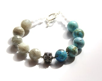Opal and labradorite, chalcedony and silver plated bracelet