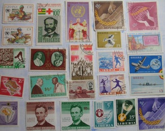 Vibrant AFRICAN Africa Stamp Collection - GUINEE Guinea -  Vintage Used  Postage Stamps  -  (B98)