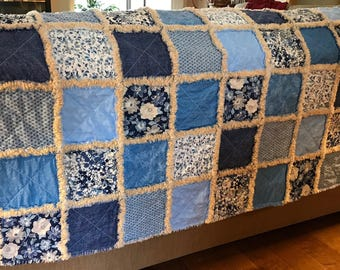 Blue and Cream rag quilt throw