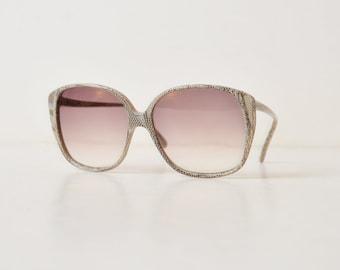 Vintage 70s Oversized Black White Snakeskin Print Sunglasses / 1970s Gradient Gray Shades