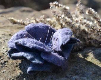 Felted flower brooch, grey flower pin, merino wool flower, wool felt jewelry, handmade brooch, gift for women, wearable fiber art, gray pin