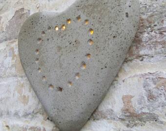 Concrete heart light