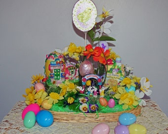 Easter Centerpiece, Easter Basket, Spring Diorama, Bunny Town Center, Ready to Ship!