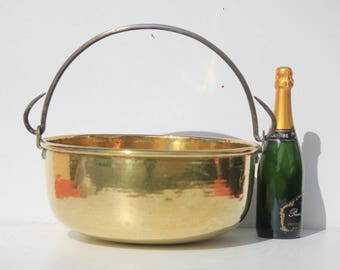Large French Antique   Brass /Yellow Copper Cauldron ,copper pot ,iron handle ,hammered copper