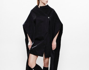 Black Winter Poncho, Deconstructed Coat, Unique Top, Loosed Coat, Designer Coat, Spring Jacket, Comfortable Coat, Avant Garde Coat