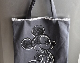 The well known mouse grey tote bag