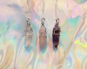 Wired crystal necklace