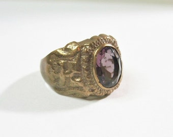 Vintage Chunky Purple Glass Ring - Size 8 - Imitation Amethyst - 1930s to 1940s