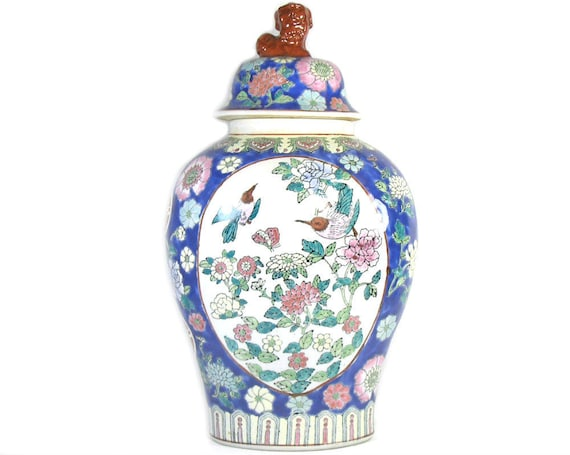 Large Vintage Chinese Ginger Jar with Foo Dog Finial