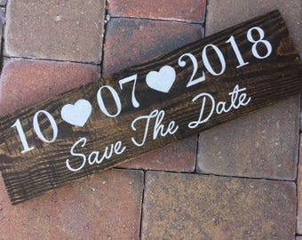 Wedding Date pallet sign, save the date sign, wedding date sign, reclaimed wood sign