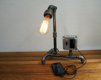 Vintage Style Iron Pipe Desk Lamp w/USB
