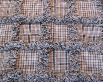 """Primitive Homespun Brown Tan Table Runner Rag Quilt Style 17"""" X 46"""" Mother's Day"""
