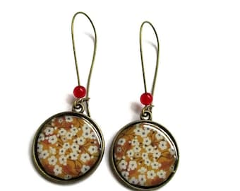 Cherry Blossom dangle Earrings - sakura earrings - Made by dans l air du temps - Gifts for her- Spring Wedding jewelry -  Lightweight