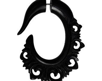 Fake Horn piercing hook spiral claw hand carved black daga earring ornament arc (FOH-81-1)