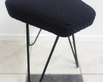 1960s Industrieel krukje op hairpin legs in zadel vorm