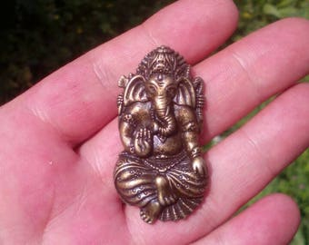 Bronze ganesh pendant. Ganesh pendant. Jewelry supplies.