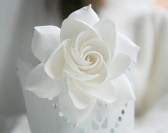 Gardenia Hair clip, Wedding Flower Hair clip, Bridal Hair flower, Bridal Flower hair clip, Clay hair flower, tropical flower