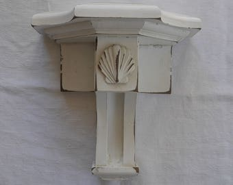 Vintage Corbel Shelf with Seashell - Solid Wood - Chippy White -5.00 SHIPPING