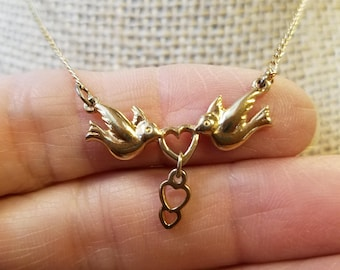 Vintage Avon Love Bird Necklace, avon necklace, love bird necklace