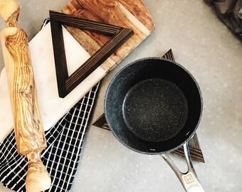 Cedarwood Hot Plates - set of 2