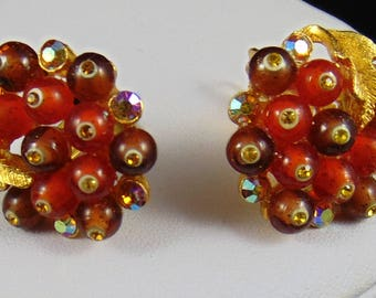 Vintage signed BSK Shoebutton Orange Brown Beads with Topaz/Topaz Aurora Borealis Rhinestones and Leaves Clip Earrings