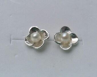 Stud Pearl Earrings ,Bridal Pearl Earrings ,Flower Pearl Studs ,Sterling Silver Studs ,Handmade Studs ,Wedding Earrings ,Mother's Day Gift
