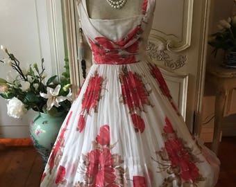 1950s Vintage Wedding Festive  Dress Summer Sundress White bright pink Floral Christmas Bridal wedding gown